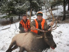 Hunting in Montana with the best hunting outfitters.